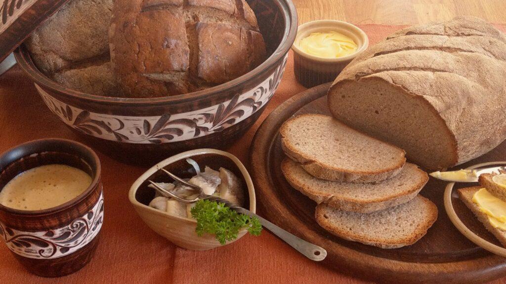 A baking of maslin bread